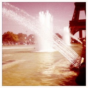 Fontaine-trocadero-paris-ete--tour-eiffel-histamatic