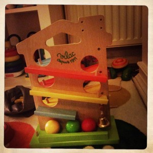 maison-des-boules-vilac-avis-jouet-bebe-un-an-anniversair