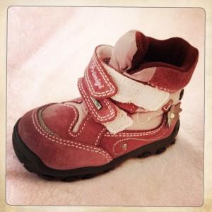 photo-premiere-chaussures-bebe-bottine-primigi-avis-rose