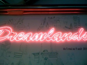 Dreamlands-centre-Pompidou-Paris-neon