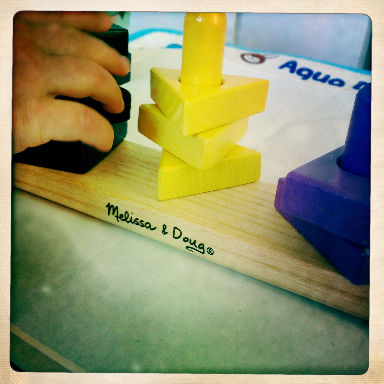 melissa & doug Stack & Sort Board, un abaque pas cher en bois
