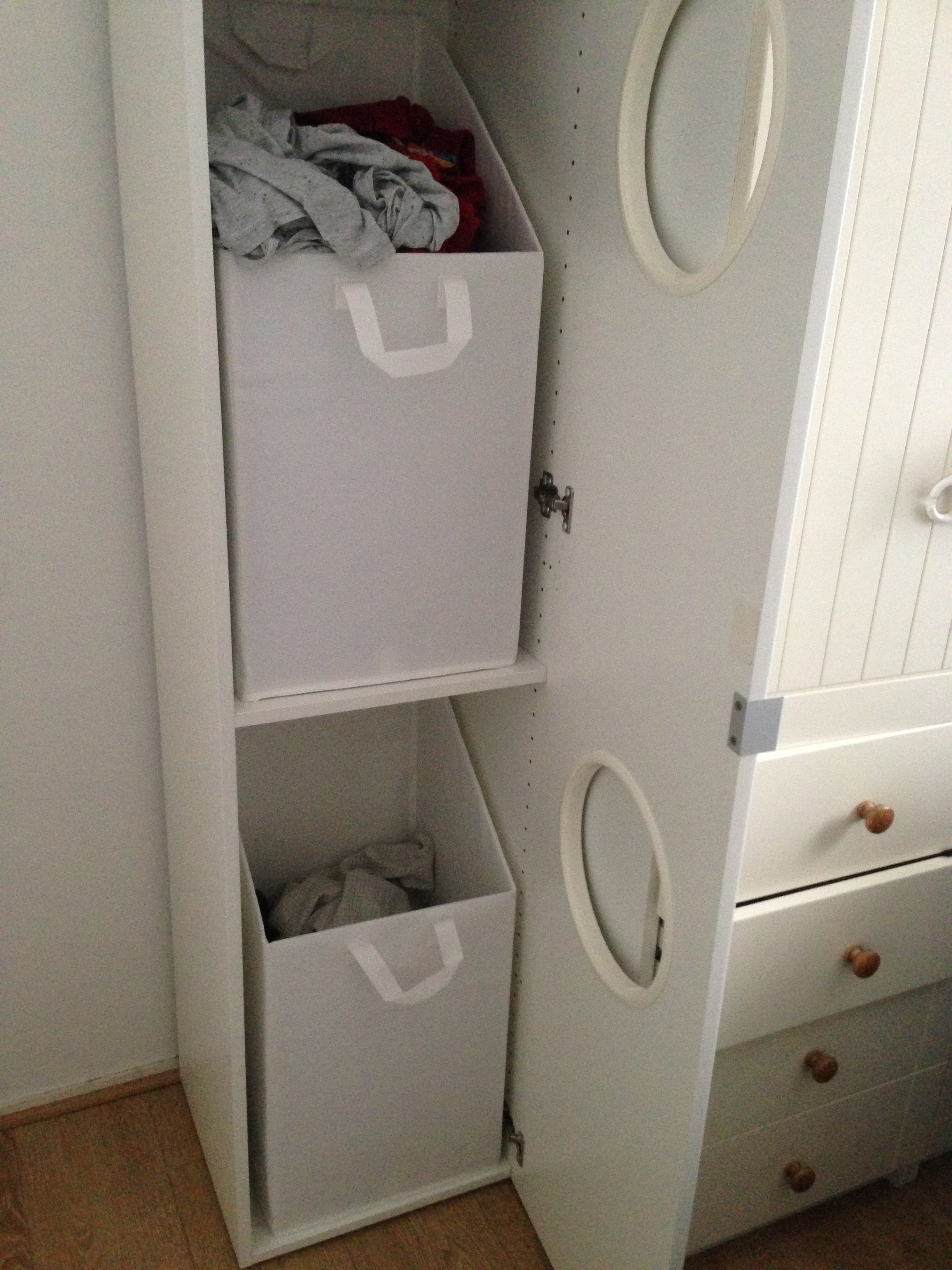 la trouvaille ikea de right un meuble linge sale ludique pmgirl
