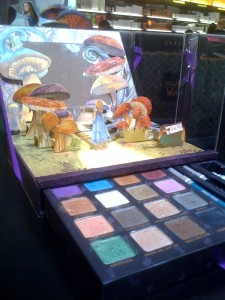 palette-urban-decay-alice-wonderland-sephora-edition-limite
