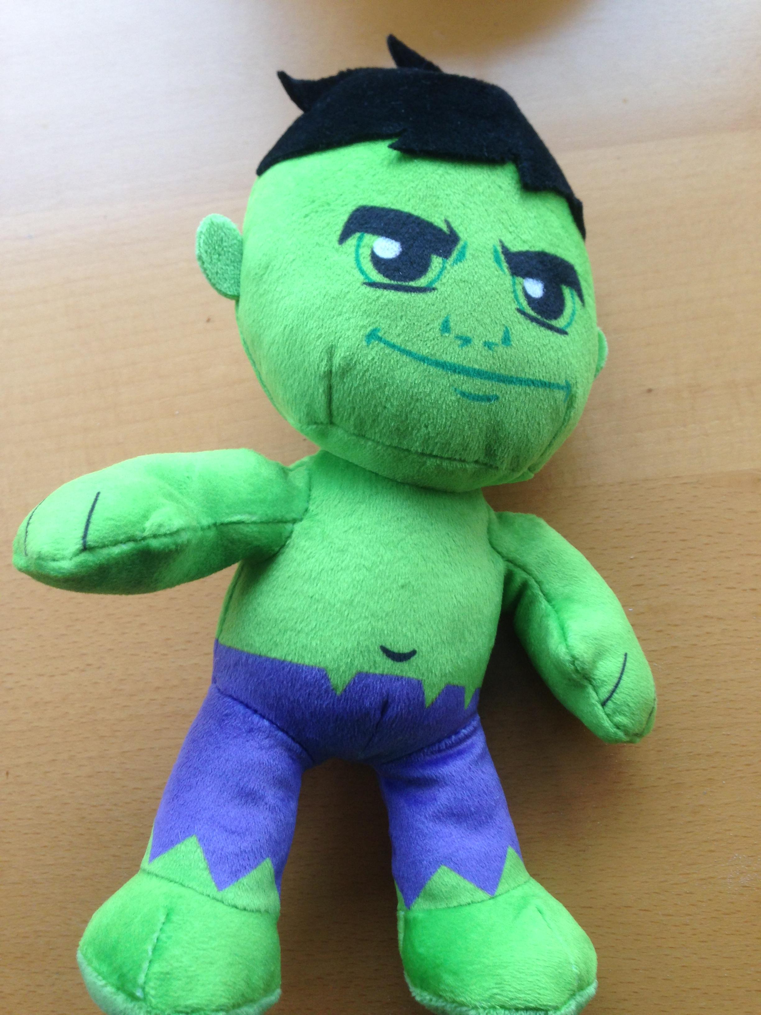 peluche bébé Hulk