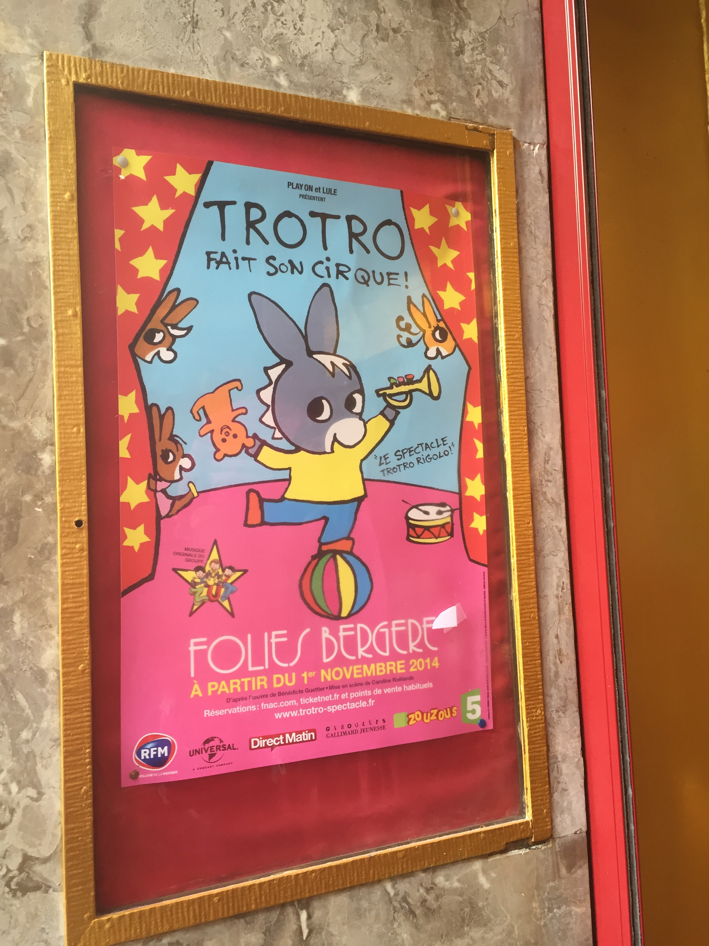 Spectacle Trotro fait son cirque folies bergeres affiche