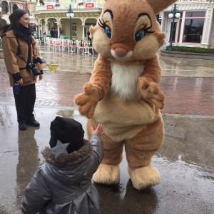 rencontrer les personnages à Disneyland Paris lapin panpan